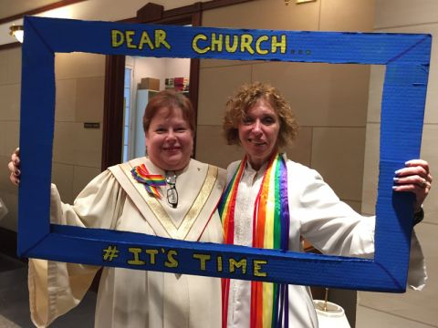 thumbRNS-METHODIST-LGBT050316