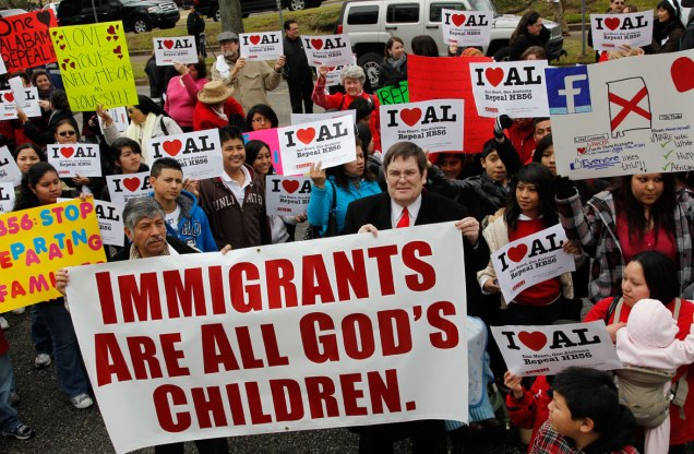 immigrants-are-all-gods-children-christian-immigration-protest
